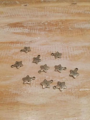 "Star Spanish ""Dream"" Charms x 10 A Pack"