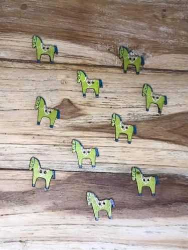 10 Green with Flower Saddle Horse Wooden Buttons