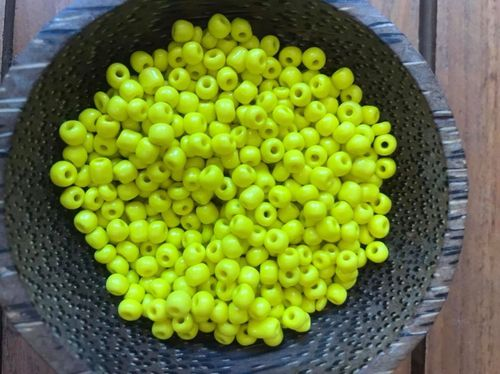 50 grams Daisy Yellow Glass Size 6 Seed Beads